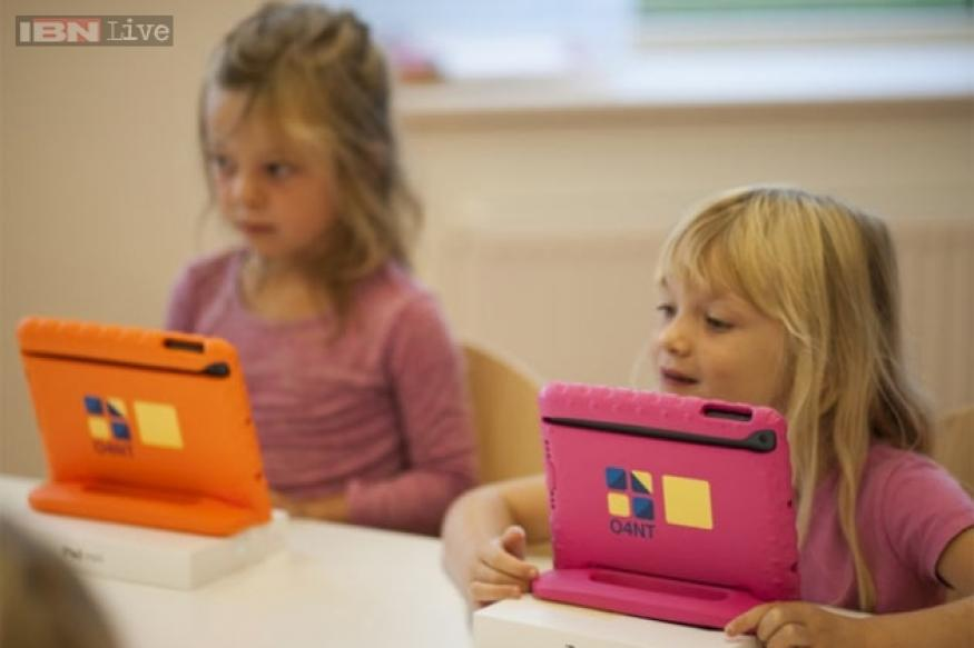 7 Steve JobsSchools with one iPad per child open in the Netherlands