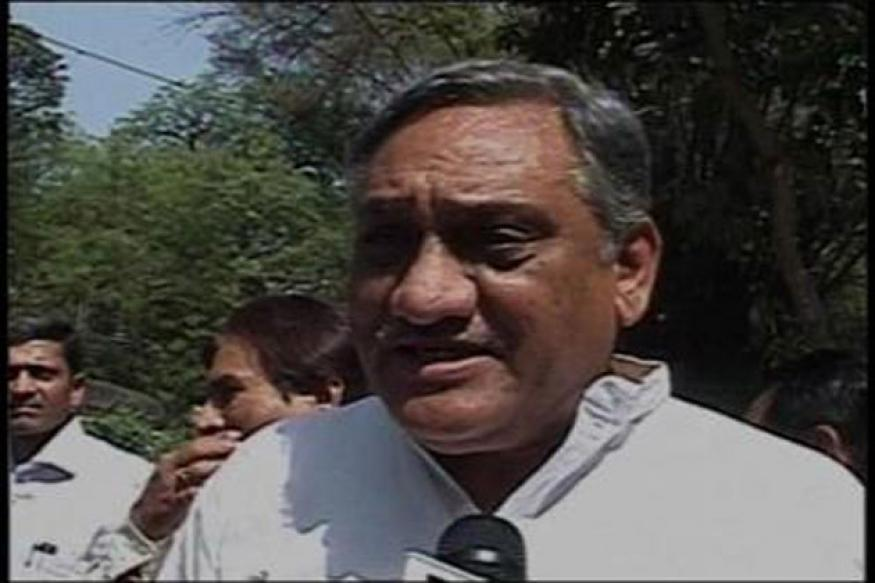Vijay Bahuguna visits Chamoli to review relief ops
