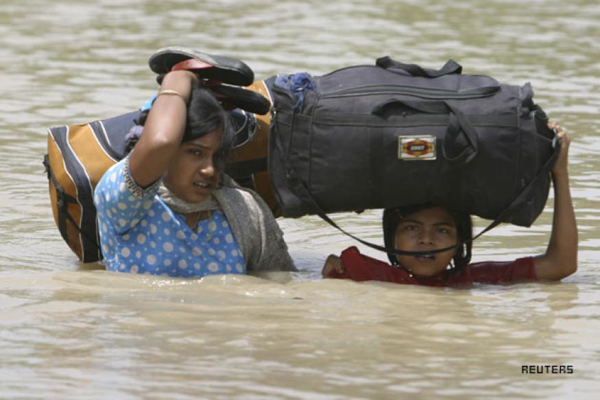 160 people killed, 5.4 million people affected by floods in Bihar
