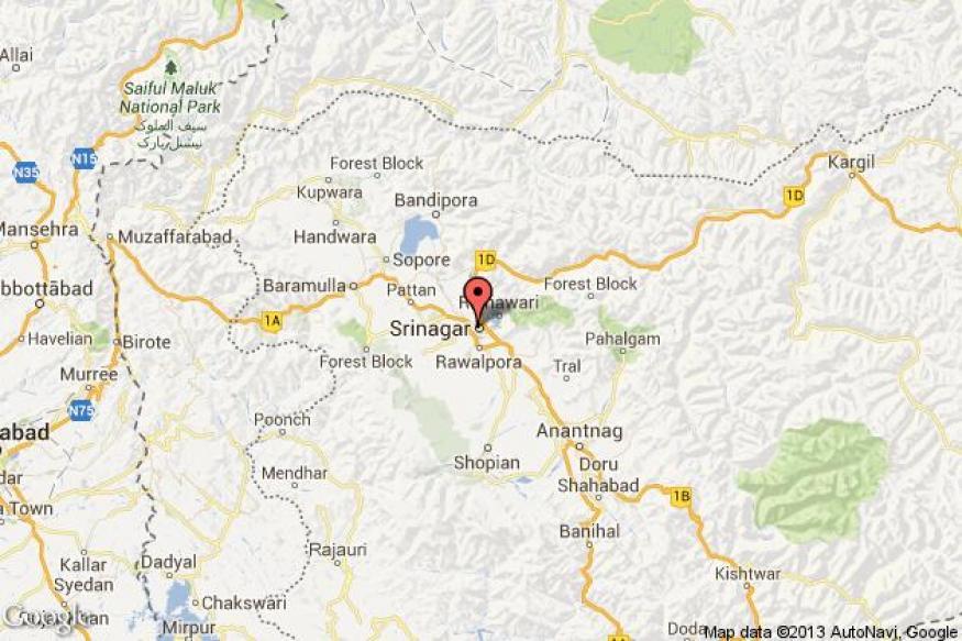 21 injured as bus overturns on Srinagar-Baramulla highway