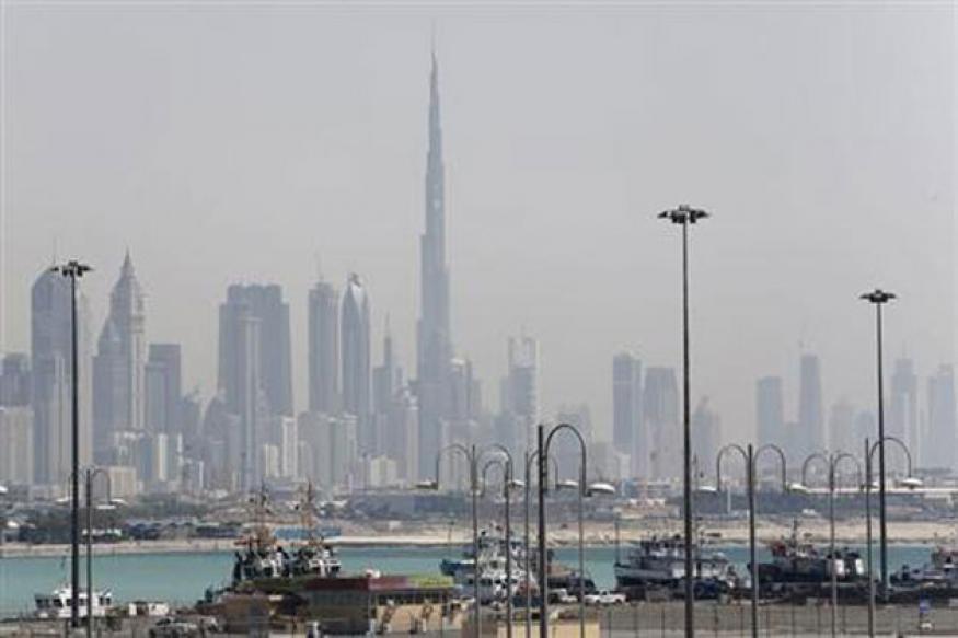 Abu Dhabi employees in fix over losing Dubai life