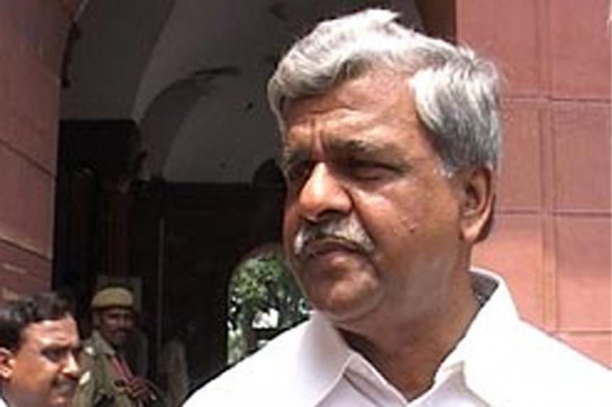 Akhilesh govt did not act on Centre's warnings, says Jaiswal
