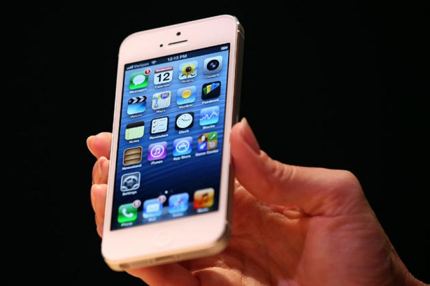 Apple discontinues iPhone 5, iPhone 4S will remain available