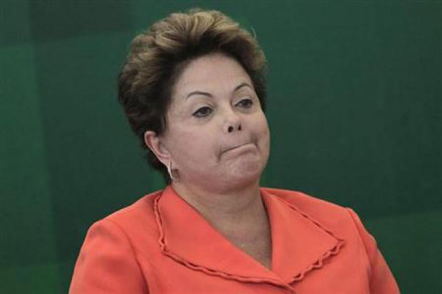 Brazil's Dilma Rousseff calls off state visit to US over spying