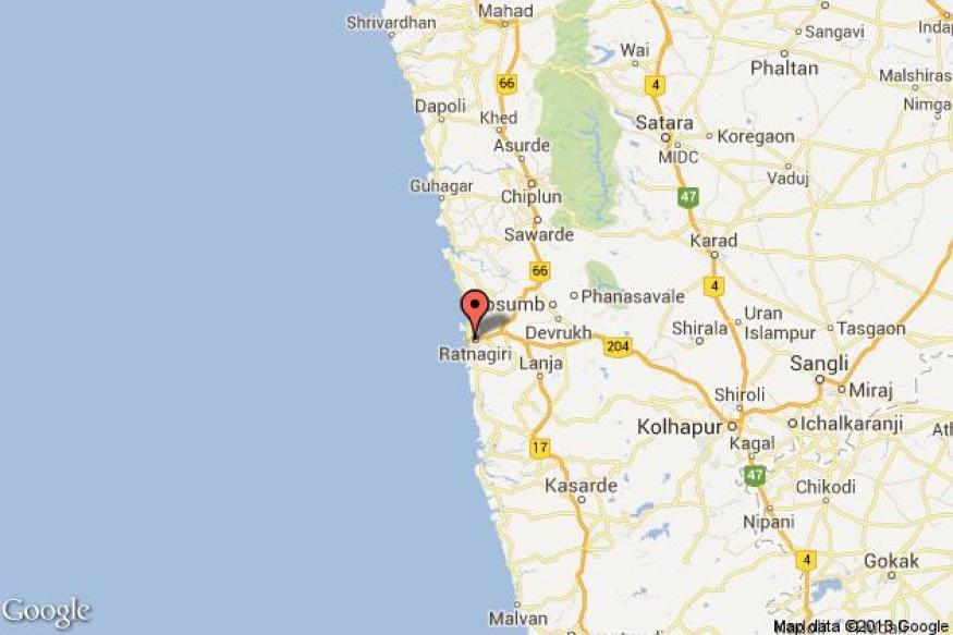 Bus overturns in Ratnagiri, 33 injured