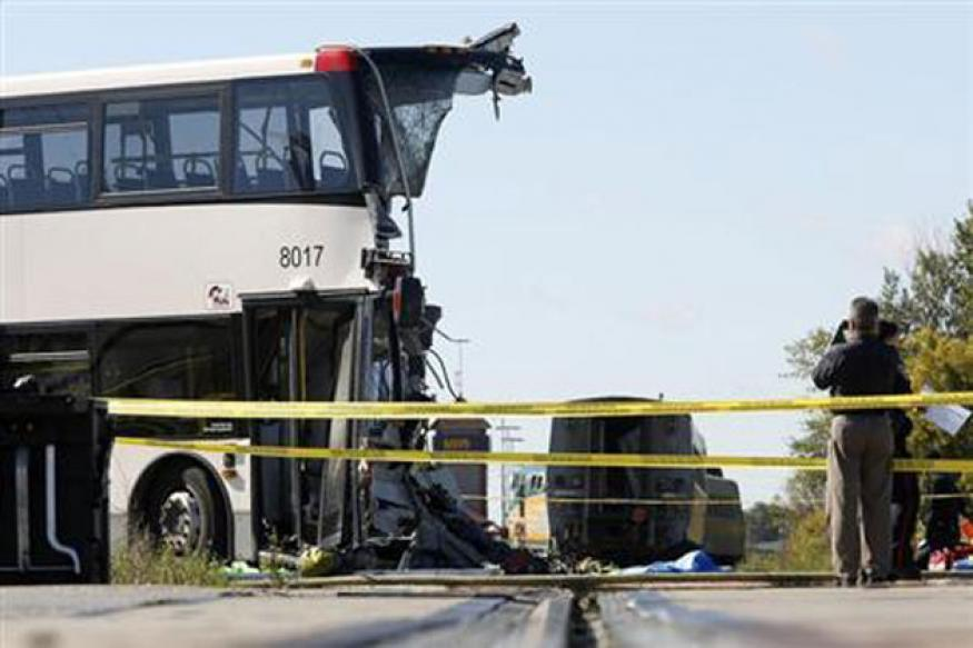 Canada: 6 dead as passenger train collides with a bus in Ottawa