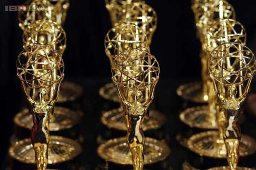 65th Emmy Awards: 'Breaking Bad', 'Modern Family' steal the show