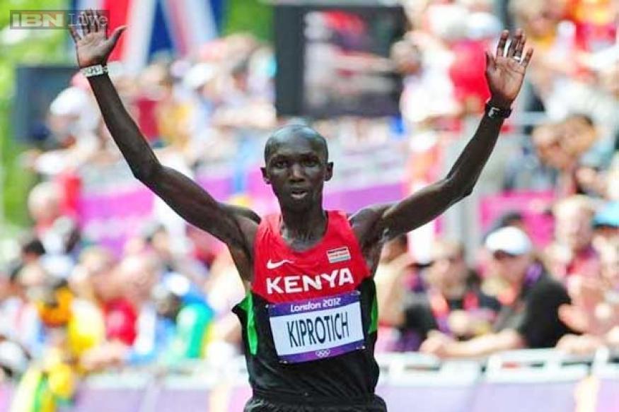 Wilson Kipsang smashes marathon record in Berlin win