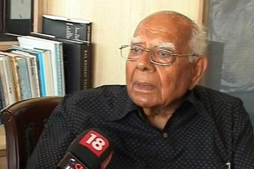 Ram Jethmalani backs Modi as BJP's PM candidate, hits out at Advani
