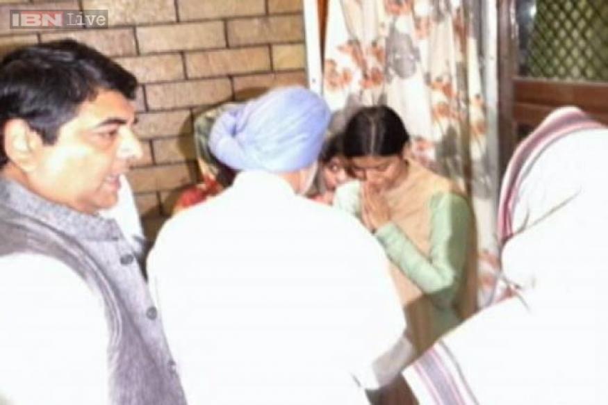 Muzaffarnagar riots: PM meets family of IBN7 journalist Rajesh Verma