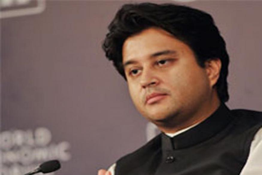 Red beacon swells gap between people and leaders, says Jyotiraditya Scindia