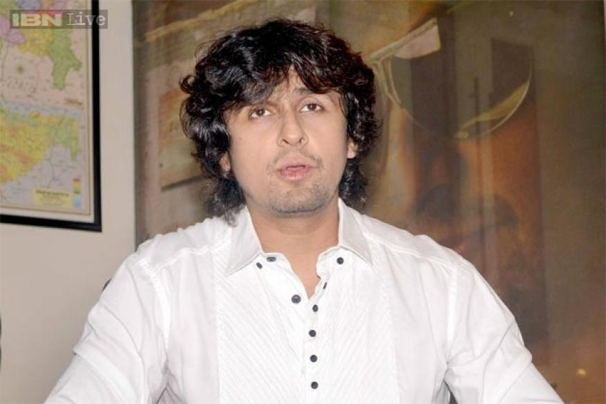 Warning 3D: Sonu Nigam is happy with the response to song 'Taakeedein'