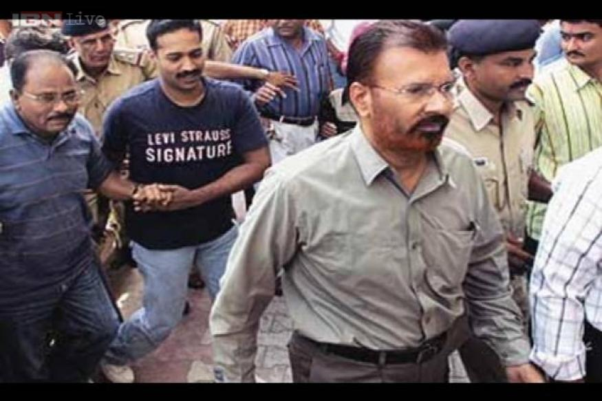 PIL seeks direction to CBI to secure Vanzara's confession