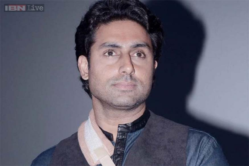 Abhishek Bachchan injures his elbow, says 'mard ko dard nahi hota'