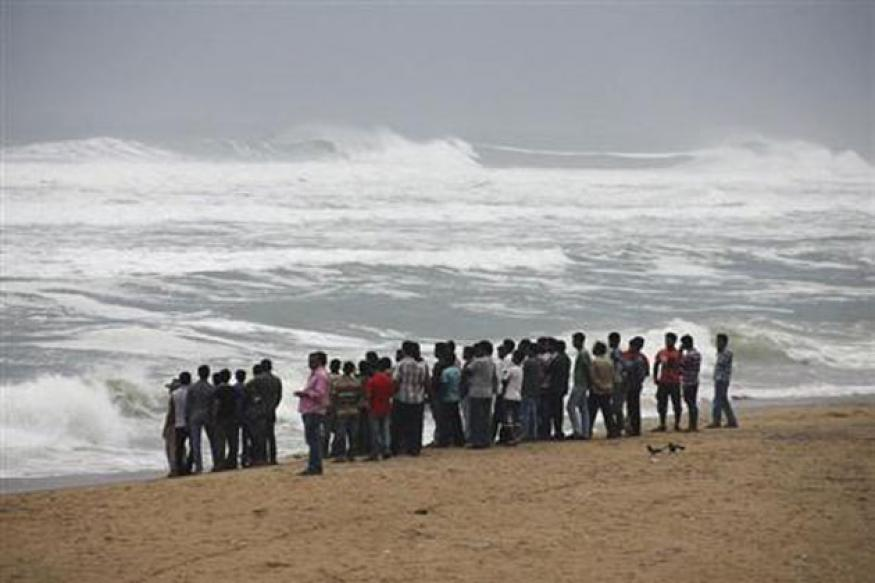 Cyclone Phailin threatens 12 million along India's eastern coast, says NDMA