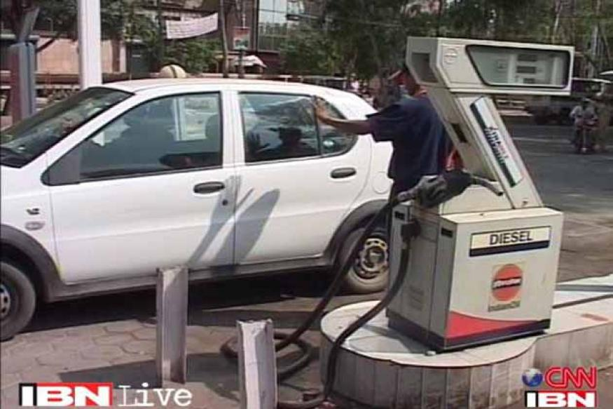 Government panel recommends Rs 5 hike in diesel prices