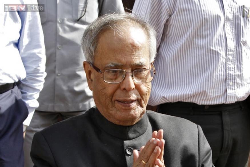 Advani crediting me on withdrawal of ordinance is speculation: Pranab