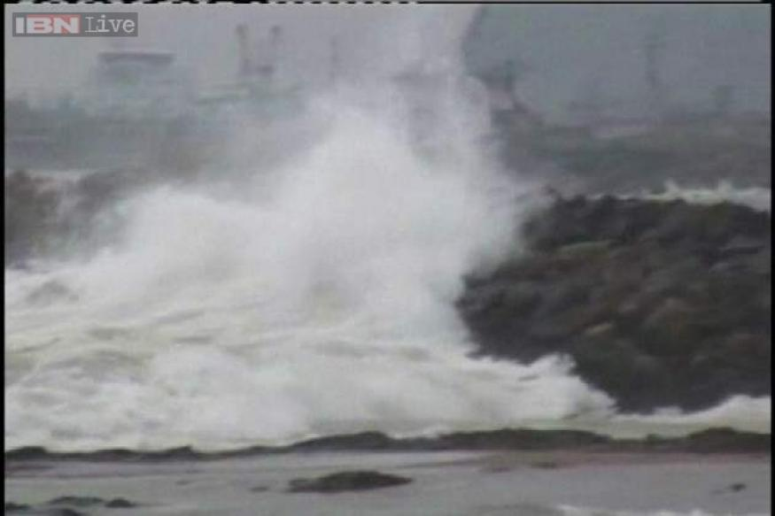 AP: Rains in Machilipatnam, cyclone Helen to hit coast today