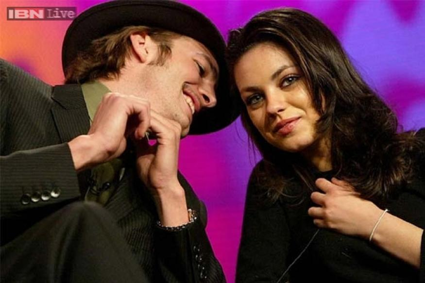 Mila Kunis, Ashton Kutcher to have royal wedding
