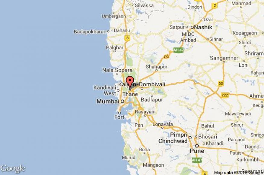 Maharashtra: 4 people killed as train runs over them in Thane
