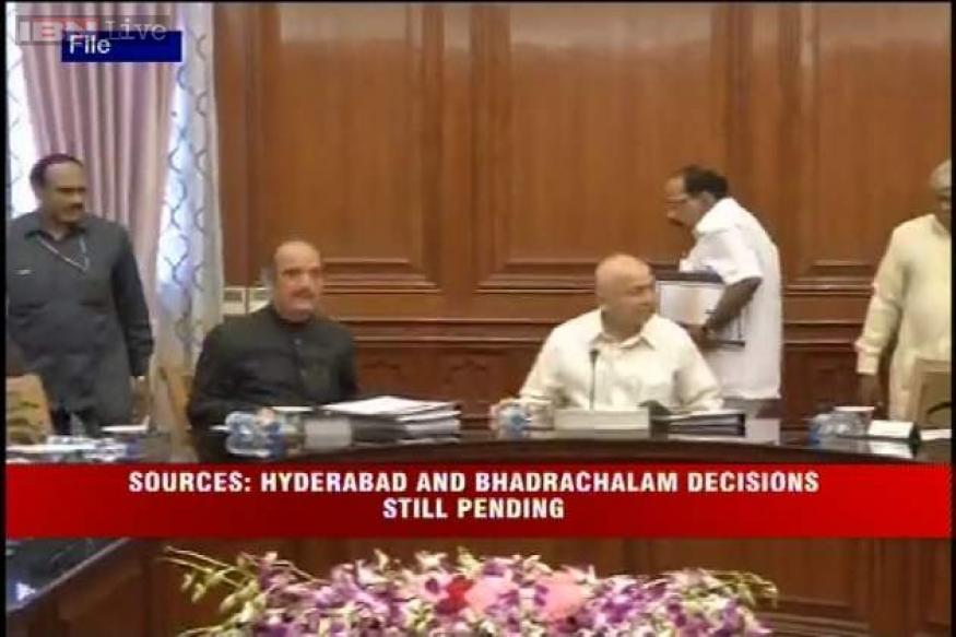 GoM finalises Telangana draft Bill, Hyderabad still a sticking point