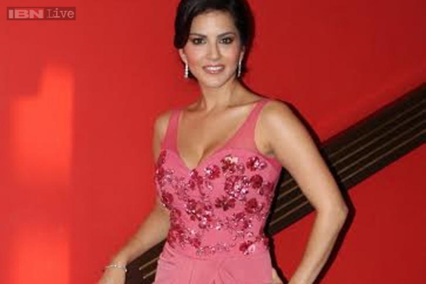 I am who I am, I can't erase the internet: Sunny Leone