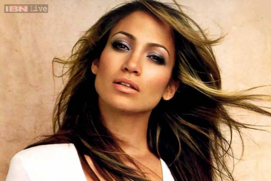 Jennifer Lopez's new video 'Same Girl' to premiere on 'American Idol'?