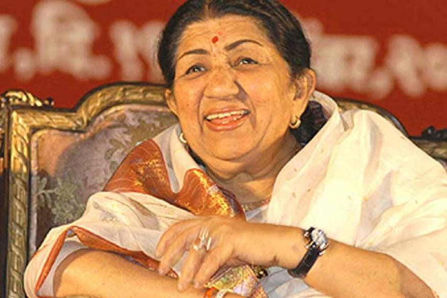 Lata Mangeshkar to sing 'Ae Mere Watan Ke Logon' with 100,000 people in Mumbai