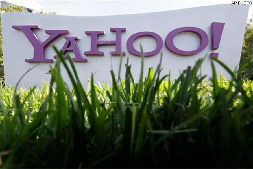 Yahoo's fourth quarter revenue slides as ad prices dip again