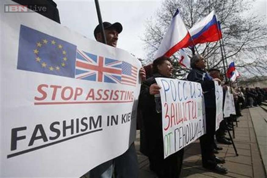 Crimea votes to leave Ukraine, join Russia, Obama orders sanctions