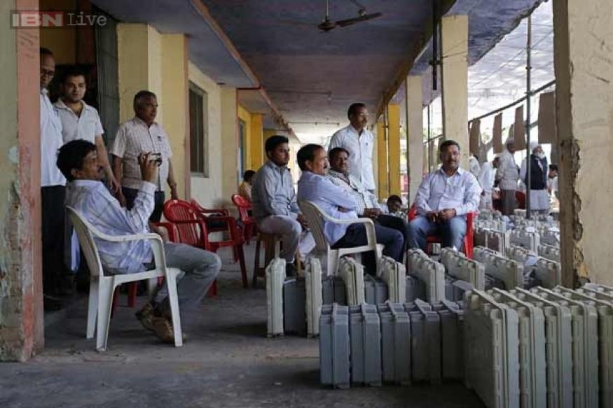 Lok Sabha poll: 56 per cent polling in ten LS seats in Maharashtra till 5 pm