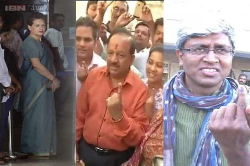 Lok Sabha elections: Top leaders become early voters
