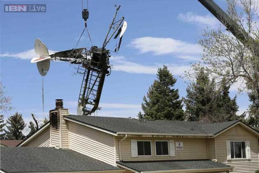 Plane hits a Colorado house that once belonged to the pilot