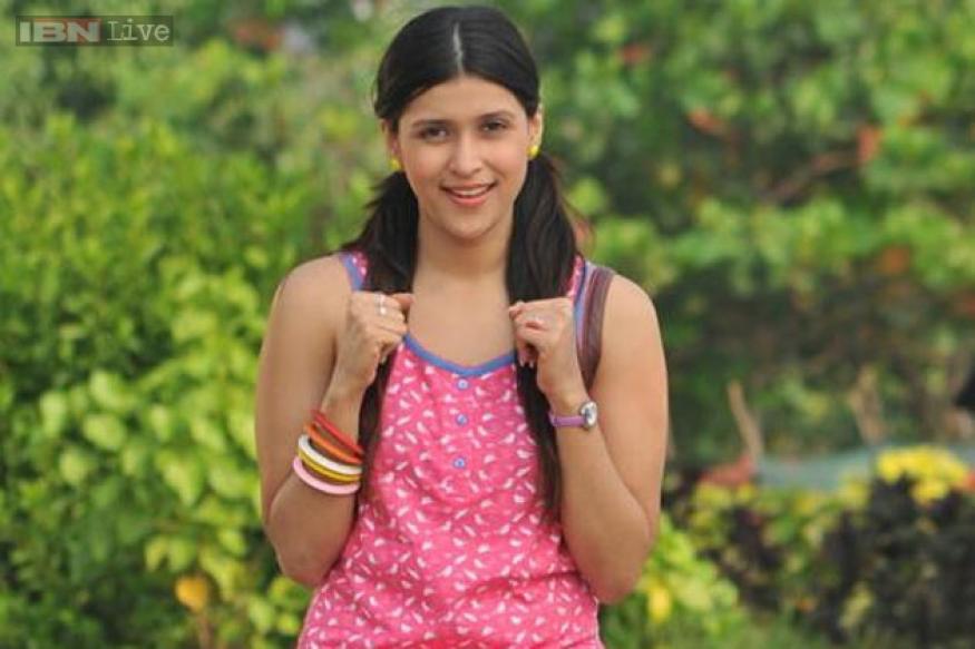 Priyanka Chopra's cousin Barbie Handa to make her Tamil ...