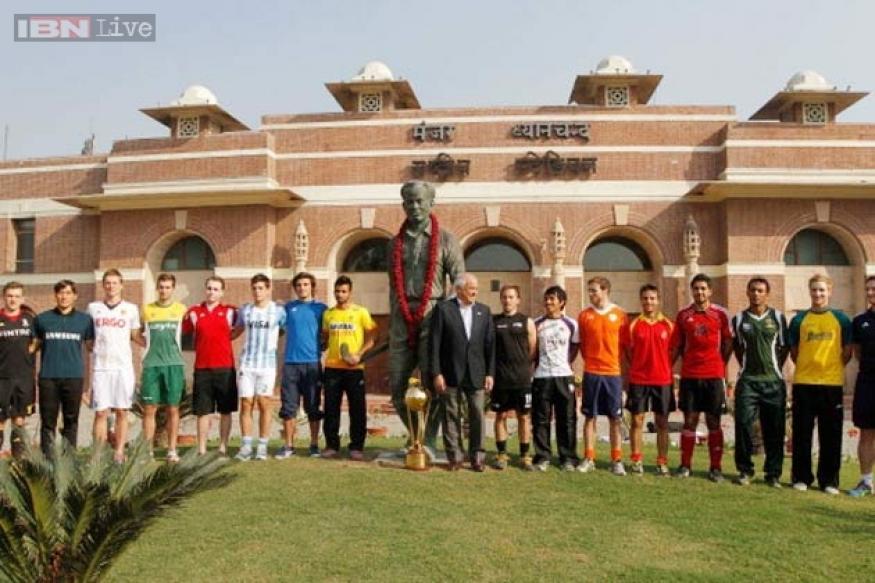 Nation celebrates hockey wizard Major Dhyan Chand's 109th birthday