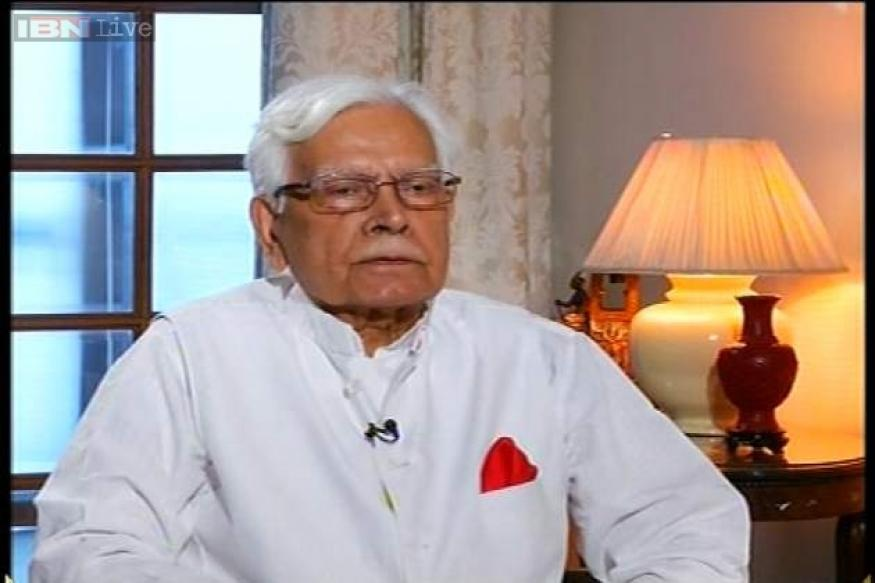 Natwar Singh lambasts Sonia Gandhi for not treating him well