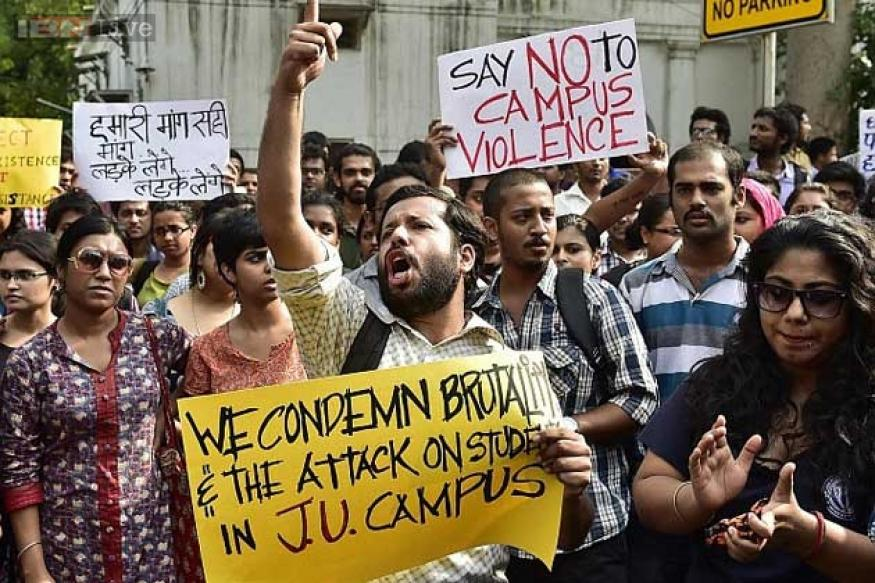#Hokkolorob movement takes social media by storm; 1 lakh Jadavpur University students march against the VC to protest against sexual assault