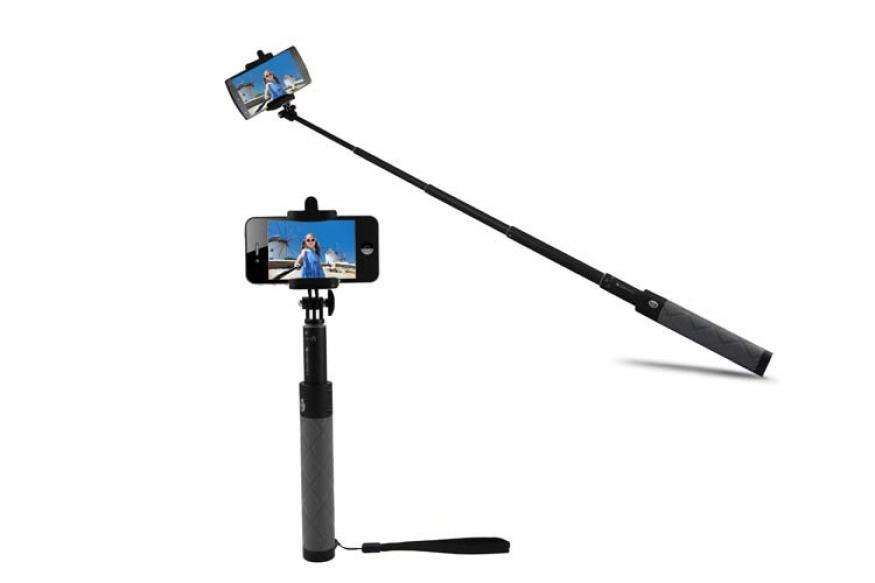 zebronics launches bluetooth selfie stick at rs 999 news18. Black Bedroom Furniture Sets. Home Design Ideas