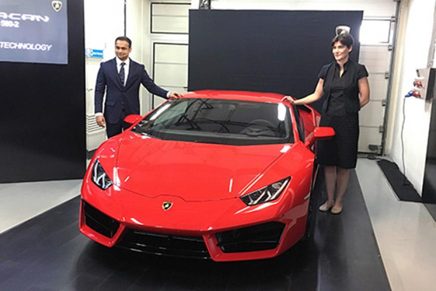 lamborghini launches huracan lp 580 2 in india at rs crore news18. Black Bedroom Furniture Sets. Home Design Ideas