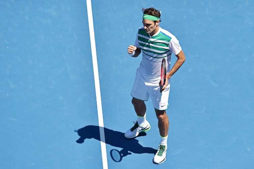 Roger Federer sees off Alexandr Dolgopolov to reach third round at Australian Open