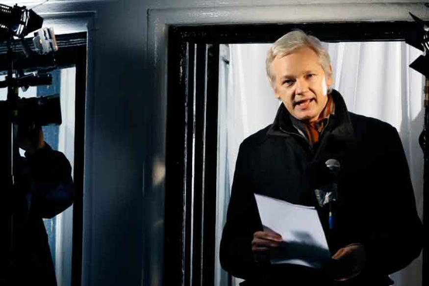 Julian Assange's Internet Access Has Been Cut: Wikileaks