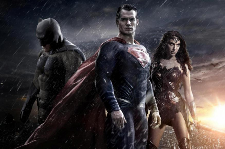 'Batman v Superman' tweet review: Despite three superheroes, the film fails to excite