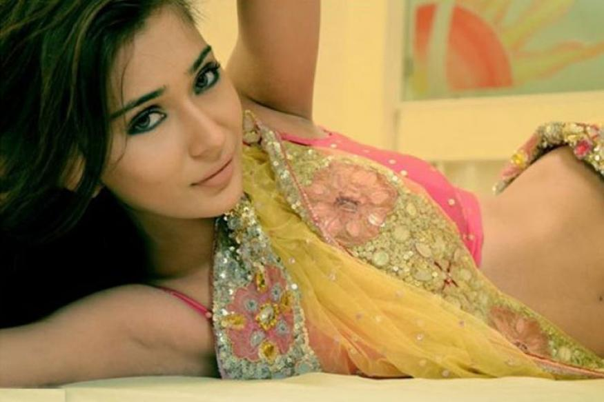 Sara Khan roped in to play Surpanakha in TV show 'Siya Ke Ram'