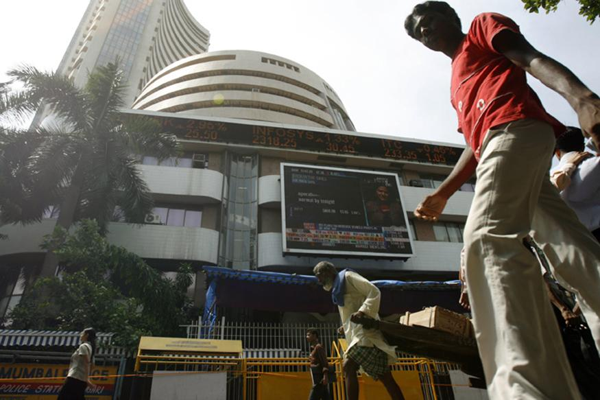 Sensex recovers 70 pts on easing inflation