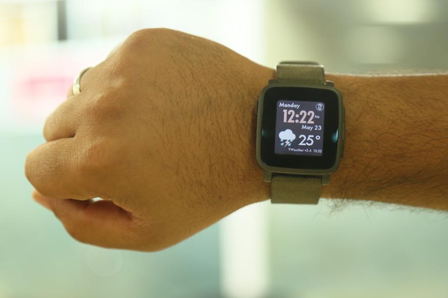 The sales of smartwatches have dropped by more than 50%