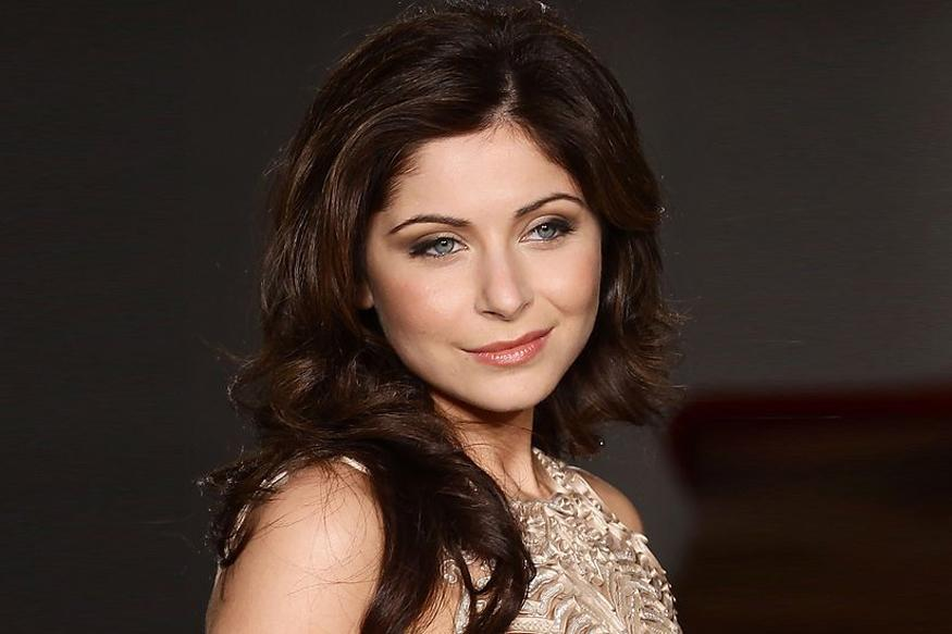 Kanika Kapoor Hosts 'Bollywood' Flavoured Dinner For Dolce & Gabbana Delegates