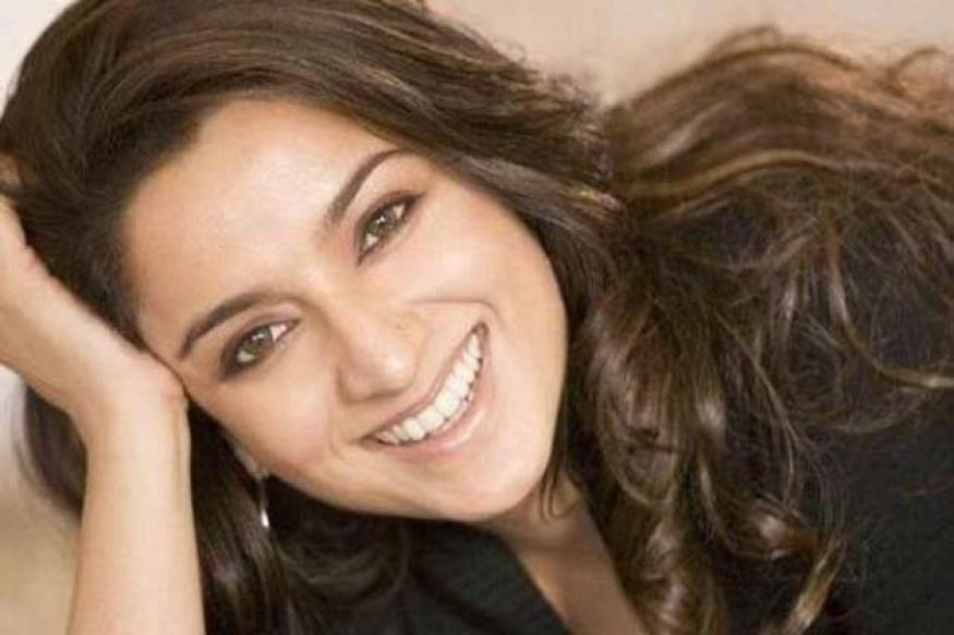 Tisca Chopra Gave An Epic Reply To Man Who Proposed Her On Twitter