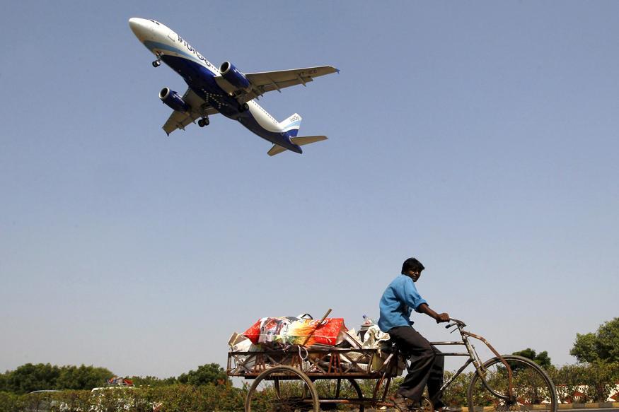 Indigo Pilot Sees Drone While Landing at Mumbai Airport