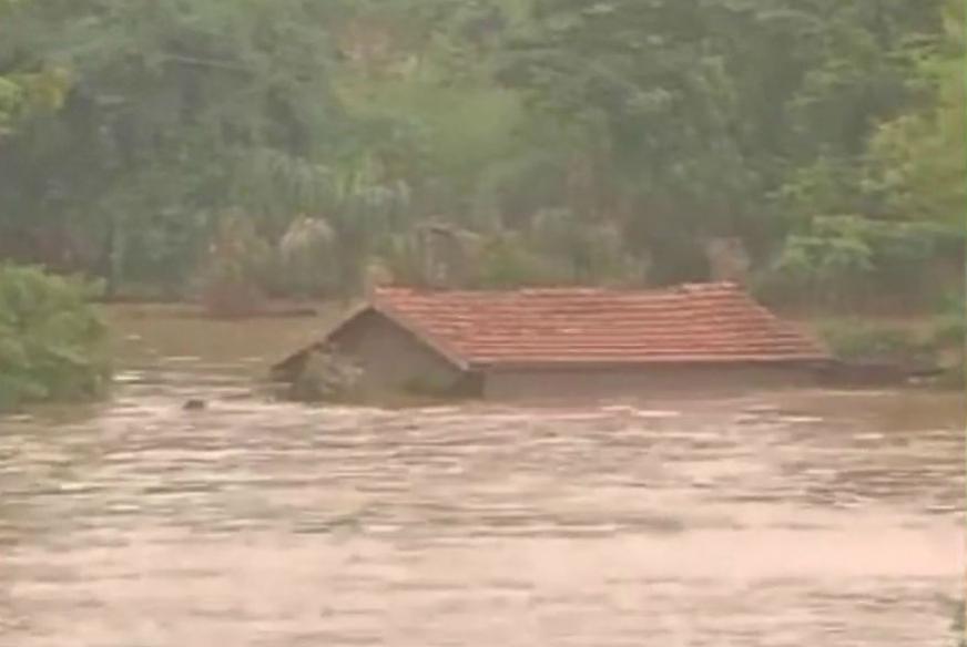 Heavy Rains Claim 11 Lives In Madhya Pradesh
