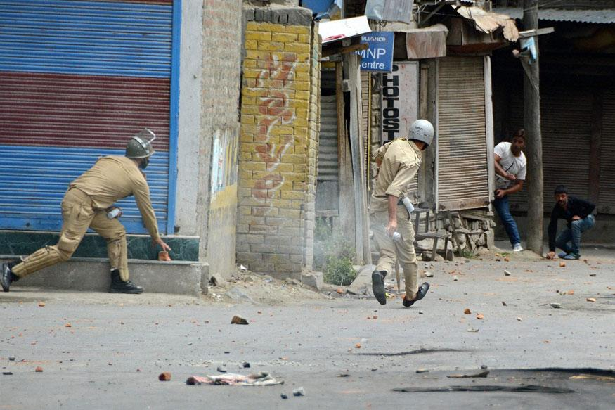 20 youth killed,300 injured as violence hits Indian held Kashmir